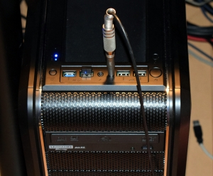 20201106d_connectheadphonestopc
