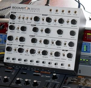 20201130a_studioelectronicsboomstar3003